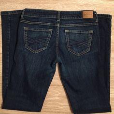 Aeropostale skinny leg Aeropostale brand. Bayla style. Dark blue denim. Aeropostale Jeans Straight Leg