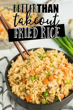 A bowl of rice and vegetables, with Fried rice and Jasmine rice Quick And Easy Fried Rice Recipe, Easy Rice Recipes, Healthy Recipes, Vegetarian Recipes, Healthy Meals, Healthy Eating, Rice Side Dishes, Vegetable Side Dishes, Food Dishes