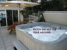 OPEN ALL YEAR - PRIVATE HOT TUB-SAUNA- TAKING SUMMER RES. Canada image 1