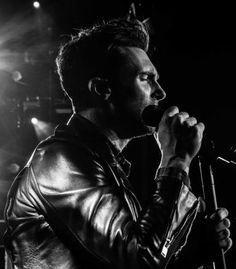 Adam Levine - Maroon 5 concert