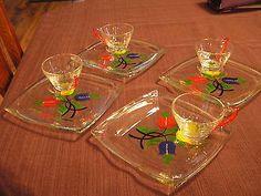 8 Piece Vintage Glass Snack Set Hazel Atlas Bright Tulups