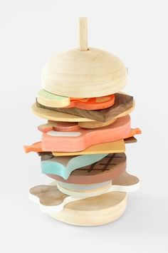 Wooden hamburger. SLOW WOOD - Matteo Baratto