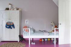 Hallway Inspiration, Dining Room Inspiration, Inspiration For Kids, Dining Room Colors, Bedroom Colors, Farrow Ball, Free Wallpaper Samples, Grown Up Bedroom, Hallway Colours