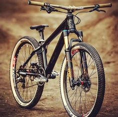 As a beginner mountain cyclist, it is quite natural for you to get a bit overloaded with all the mtb devices that you see in a bike shop or shop. There are numerous types of mountain bike accessori… E Mountain Bike, Hardtail Mountain Bike, Downhill Bike, Mtb Bike, Cycling Bikes, Cannondale Bikes, Road Bike Gear, Road Bikes, Cars