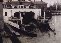 Færgen Danmark sænket i Gedser Havn efter sabotagen d. 18. marts 1945. Kilde: Frihedsmuseet