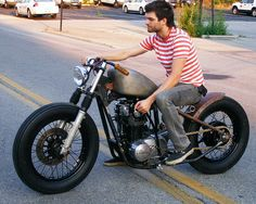 Slingshot Cycles'  XS650 Bobber commande sucide-★★ Síguenos! https://www.facebook.com/RoosterMoto