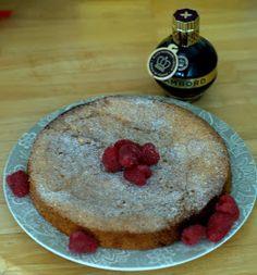 Domestic Sluttery: Let Her Eat Cake: Raspberry Revenge Cake