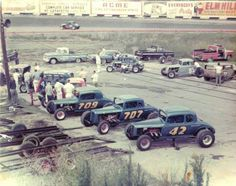 Cool picture vintage circle track racing