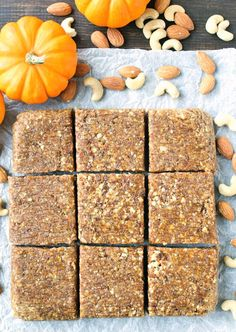 These Paleo Pumpkin Protein Bars are a copycat version of the seasonal RX Bar. No-bake made with all simple healthy ingredients and so delicious! gluten free and dairy free. Pumpkin Protein Bars, Healthy Pumpkin, Protein Cake, Protein Muffins, Protein Cookies, Rx Bars Recipe, Healthy Protein Snacks, Protein Recipes, Vegan Protein