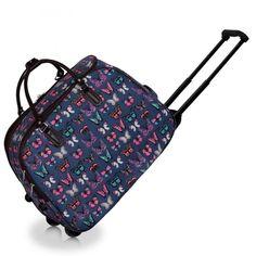 Barva modrá s motýlky, velikost na obrázku, jmenovka, zapinání na zip, hezký design. Zavazadlo lze využít jako příruční batožinu do letadla.
