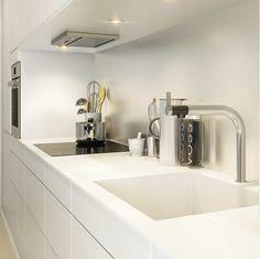 Sink Kitchen Dining, Dining Room, Home Kitchens, Sweet Home, Sink, Bathtub, Bathroom, Interior, Fireplace Ideas