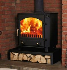 Town & Country Little Glaisdale  #KernowFires #woodburner #contemporary #traditional #cornwall #freestanding