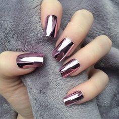 17 Winter Nails - Winter chrome nails that are edgy and sleek. - 17 Winter Nails – Winter chrome nails that are edgy and sleek. Winter Nail Art, Winter Nail Designs, Winter Nails, Nail Art Designs, Nails Design, Spring Nails, Metallic Nail Polish, Nail Polish Colors, Matte Nails