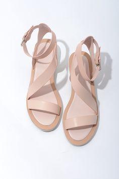 7c01197be79 Barato 2015 new chic elegante nu rosa mulheres moda sandálias de couro oco  tornozelo salto baixo sapatos frete grátis ZA1669