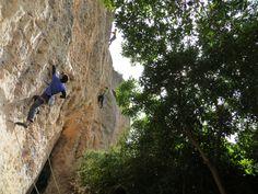 Evren, warming up in Raco de les Espadelles / Margalef