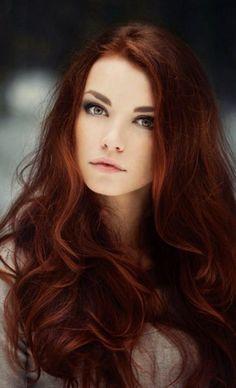 Red Blonde Hair, Dark Red Hair, Hair Color Dark, Cool Hair Color, Dark Copper Hair, Brown Hair Blue Eyes Pale Skin, Copper Eye, Reddish Brown, Color Red