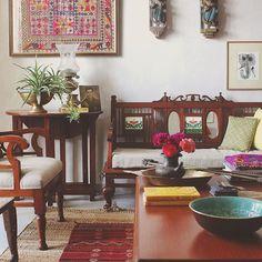 Shivani dogra - an indian summer ™ indian home decor индийские интерьеры, и Indian Home Interior, Indian Interiors, Indian Home Decor, Diy Home Decor, Indian Room, Rustic Interiors, Indian Decoration, Sala Indiana, Living Room Designs