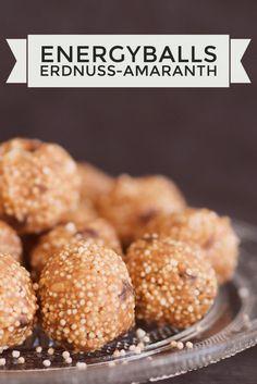 plant-based & ein gesunder Snack für Zwischendurch: Energyballs mit Erdnussbutter & Amaranth #plantbased #healthy #energyballs http://melaniekristina.de/2016/11/25/energyballs-mit-erdnussbutter-amaranth/