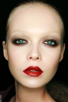 1000 Images About No Eyebrow Trend On Pinterest