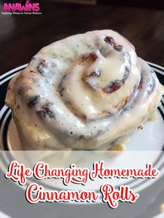 - Lifechanging Cinnamon Rolls You have never tasted homemade cinnamon rolls like these before! This homemade cinnamon roll recipe will change your life! Your family will be begging you to make them again and again! Just Desserts, Delicious Desserts, Dessert Recipes, Yummy Food, Keks Dessert, Muffins, Bread Machine Recipes, Bread Machines, Cookies Et Biscuits