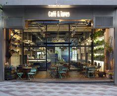 Café & Tapas refresca su imagen con su nuevo local en la madrileña calle Montera. | diariodesign.com