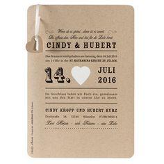 """Einladungskarte """"Valentina"""" - Kraftpapier Einladungskarte mit ausgestanztem Herz im Vintage-Look für eure Hochzeit"""