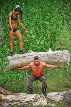 *Workout Buddies* Be in it TOGETHER... nothing like couples making health & fitness a priority & putting the work in together!