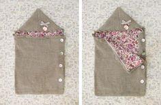 Super douillet le nid d'ange tricoté en Pole .  Idéal pour débutant(e)s, il se tricote en aiguille n°7.  Disponible en 2 tailles : naissance...