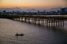 """The article will provide a transportation guide from Da Nang to Hoi An for travelers looking to answer the question: """"How to go to Hoi Ạn from Da Nang?"""""""