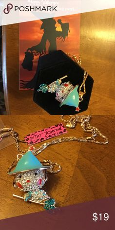 🎃👻🎃BETSEY JOHNSON NECKLACE CUTE WITCH 👻🎃👻NWT 🎃👻🎃NWT JUST IN TIME FOR THE HAPPY HALLOWEEN PARTY. WITCH IS SUPER CUTE AND WILL BE THE HIGHLIGHT OF THE PARTY👻🎃👻 SHES BRAND NEW JUST WAITING TO FLY WITH YOU. PRICE IS FIRM AND CAN NOT BE BUNDLED. 😐 SORRY. PRICED RIGHT. THANK YOU Betsey Johnson Jewelry Necklaces