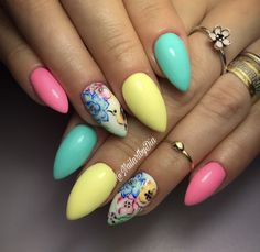 Summer nails nail art