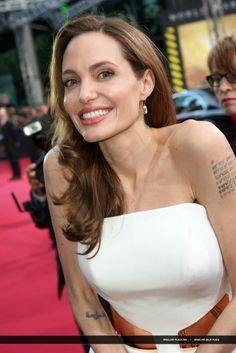 Angelina Jolie : World War Z Germany Premiere♥