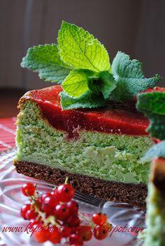 Kopalnia Smaków... - sernik z matcha i polewą truskawkową Matcha Smoothie, Smoothies, Green Tea Ice Cream, Green Tea Recipes, Good Enough To Eat, Matcha Green Tea, Fabulous Foods, Cheesecakes, Pudding