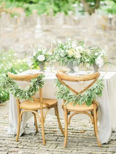 Simple and Elegant Italian Wedding Styling Inspiration | Wedding Sparrow | Belle and Beau Photography