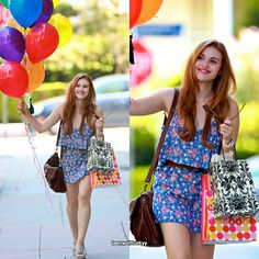She looks so happy Lydia Martin Outfits, Only Teen, Meninos Teen Wolf, Teen Wolf Cast, Stydia, Wolf Girl, Celebs, Celebrities, Trendy Hairstyles