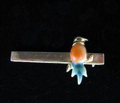 BIRD-on-a-BAR-BROOCH-Vintage-PIN-Goldtone-Enamel-Orange-Green-Jewelry