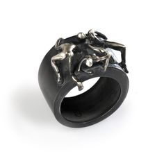 Water Effect Ring (Comes with Climbing Man Pin Gift )