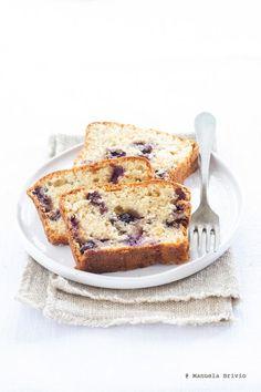 blueberry hazelnut plumcake
