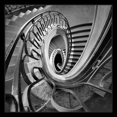 """500px / Photo """"Mind Games""""  Printemps department store, Paris"""