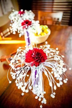 Photo by True Photography  Flowers by Dianna Basacchi