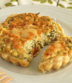 Aromatic tart with zucchini and feta and greek ricotta type cheese. Pureed Food Recipes, Greek Recipes, Cooking Recipes, Greek Cooking, Greek Dishes, Appetisers, Different Recipes, Vegetable Dishes, Quiche