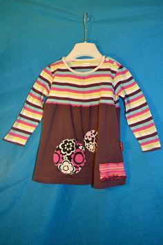 Recy tunika Malá bláznivka vel. 3-4 roky Veselá tunička / tričko pro holčičku z recy kousků. Šířka v podpaží 2*34, délka 43 cm, volná. Bavlna.