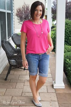 Fashion Over 40: pink tee with cuffed denim Bermuda shorts
