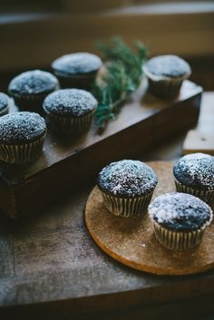 greenery to highlight the organic cakes