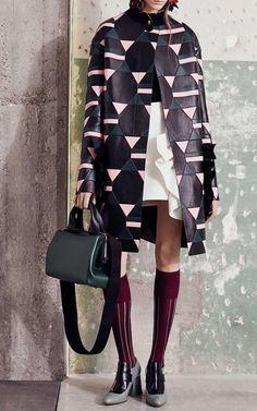Get inspired and discover Marni Capsule trunkshow! Shop the latest Marni Capsule collection at Moda Operandi. Fashion Week, Look Fashion, Fashion Details, High Fashion, Autumn Fashion, Womens Fashion, Fashion Designer, Mode Outfits, Colorful Fashion