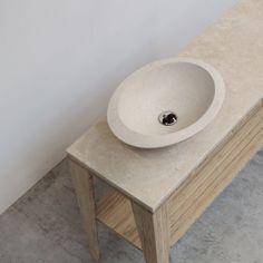 Umi M Vessel | Breccie - Natuurstenen wastafel op bamboe onderstel.