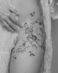 Flower Hip Tattoos, Hip Thigh Tattoos, Floral Thigh Tattoos, Hip Tattoos Women, Feminine Tattoos, Small Tattoos, Thigh Tattoo Flowers, Back Of Thigh Tattoo Women, Back Thigh Tattoo