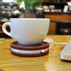 Buy Hot Cookie USB Cup Warmer today at IWOOT. We have great prices on gifts, homeware and gadgets with FREE delivery available.