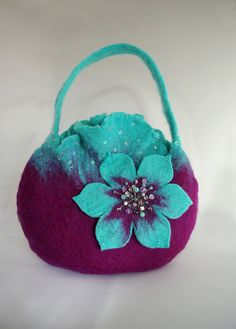 "New Cheap Bags. The location where building and construction meets style, beaded crochet is the act of using beads to decorate crocheted products. ""Crochet"" is derived fro Nuno Felting, Needle Felting, Knitted Bags, Felted Bags, Felt Purse, Art Textile, Unique Purses, Cheap Bags, Bead Crochet"