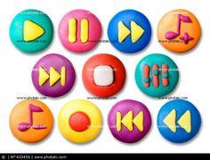 botones de plastilina infantiles